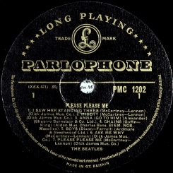 34. BEATLES-PLEASE PLEASE ME(MONO)-1963-ПЕРВЫЙ ПРЕСС UK-GOLD PARLOPHONE-EX+/NMINT