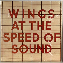 211. WINGS-AT THE SPEED OF SOUND-1976-FIRST PRESS UK-MPL-NMINT/NMINT