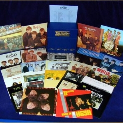 1. BEATLES-THE BEATLES SINGLES COLLECTION (BOX SET 26 LP- 7