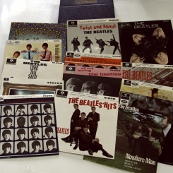2. BEATLES-E.P. COLLECTION (BOX SET 15 LP)-1981-ПЕРВЫЙ ПРЕСС MONO,STEREO, 7'' UK-PARLOPHONE-NMINT/NMINT